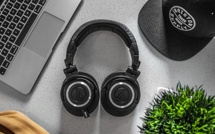 Top 5 Coolest Headphones for Best Sound Review